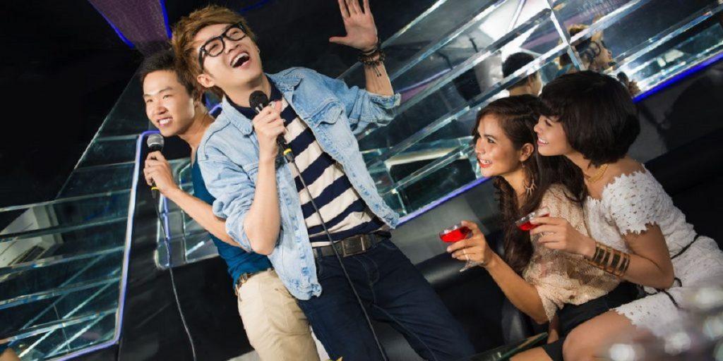 Festa 18 anni Milano con karaoke