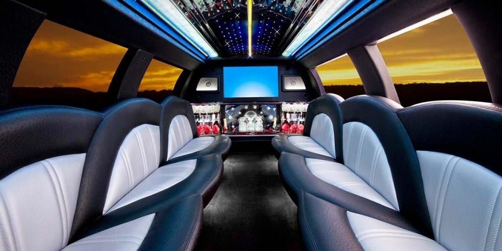 Noleggio limousine Milano per festa 18 anni